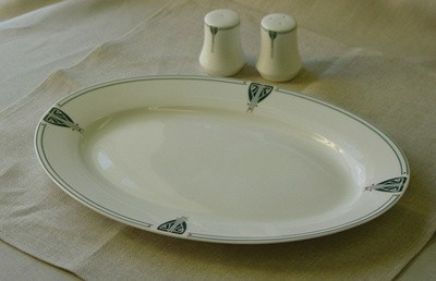 """Viennese Pendant Oval 14"""" Serving Platter - Product Image"""