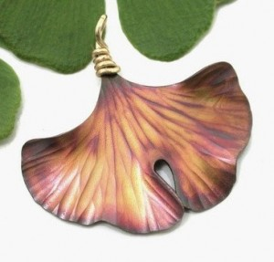 Ginkgo Single Leaf Pendant, Copper - Product Image