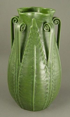 Large Star Fern Vase - Product Image